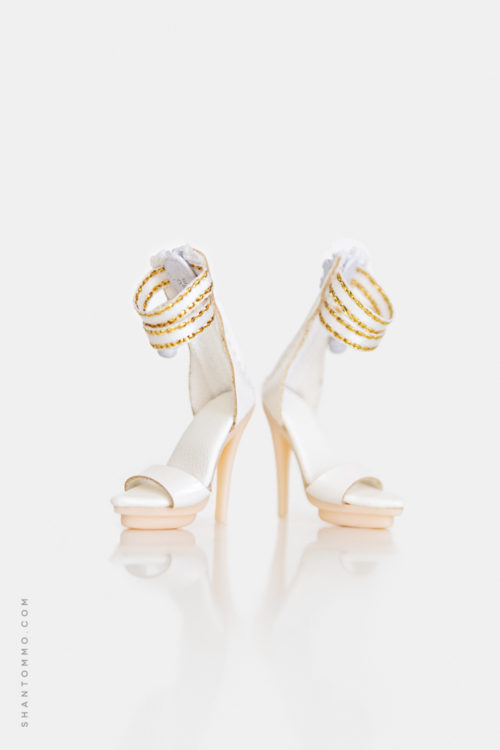Colette (White with Gold)
